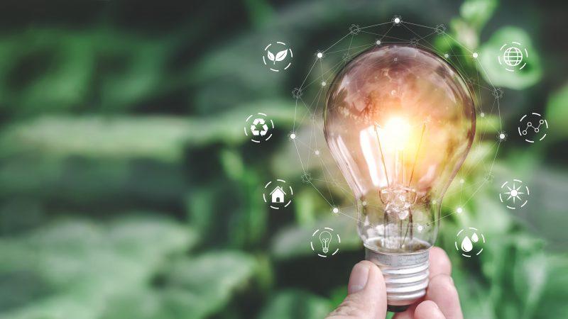 ¿Cómo reducir el consumo eléctrico en los hogares y en las empresas con el uso de la tecnología?